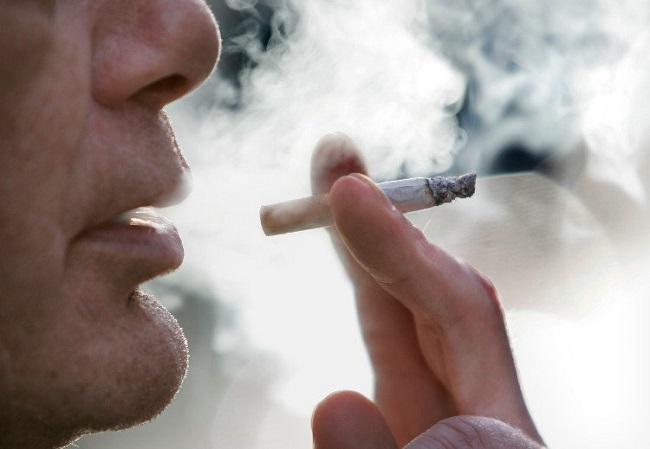 Thành phần nicotin chứa trong thuốc lá ảnh hưởng trực tiếp tới sinh lý nam